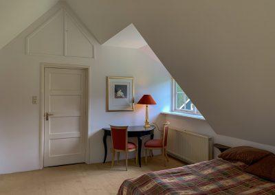 Boswachter slaapkamer boven entree